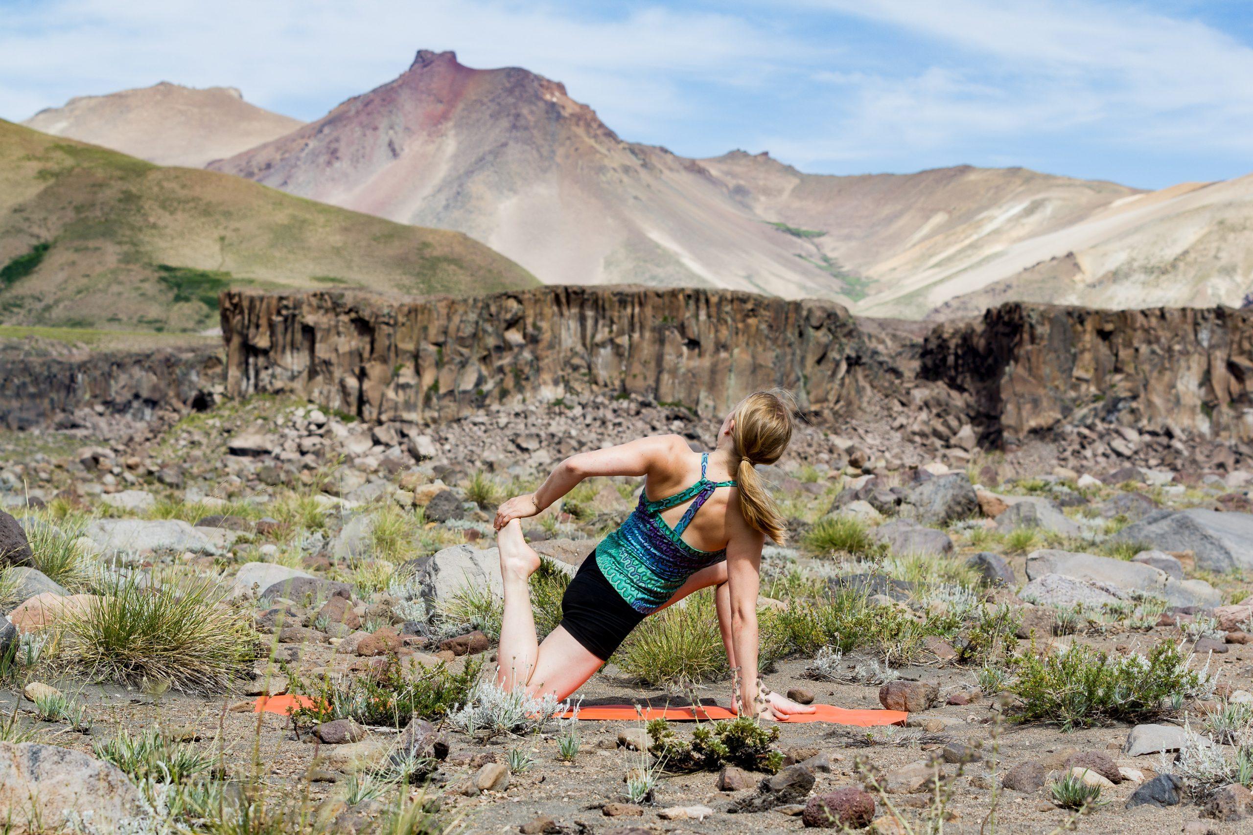 Yoga-Position-Valle-de-los-Condores-Climbing-Chile